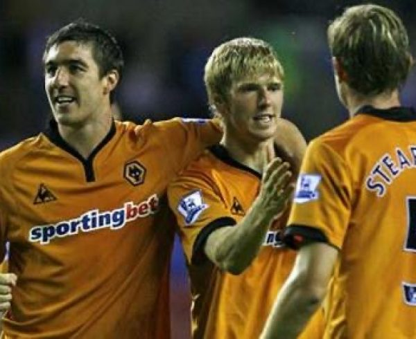 Andy Keogh scoring agaisnt Wigan in Wolves return to the Premier League